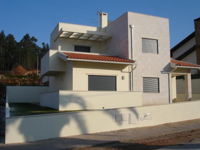 Diversas Moradias Do Loteamento Casas De Vilarinho Quadrar